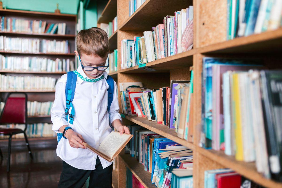 Plecak szkolny – jak wybrać odpowiedni dla dziecka?